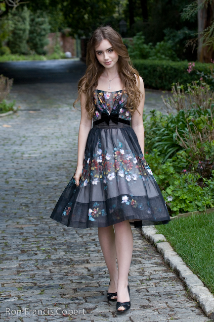 LilyCollins_6_of_220_.jpg